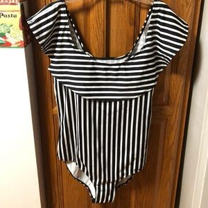 Striped black & white one piece bathing suit